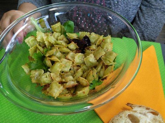 Saint-Rambert-d'Albon, Francia: Salade de ravioles