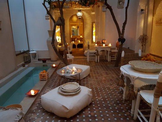Riad les Orangers d'Alilia Marrakech: 20170519_203127_large.jpg