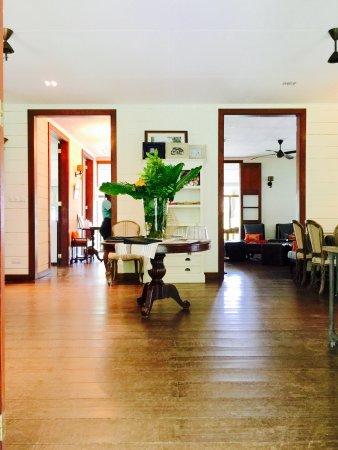Au Cap, Seychelles: Inside