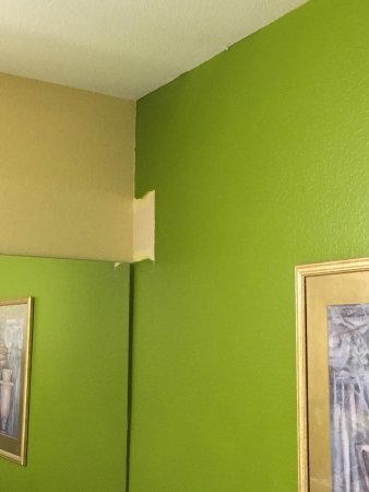 Submitted review earlier. Adding pictures. - Microtel Inn & Suites ...