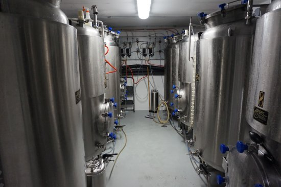 Nelson, Canada: beer cellar