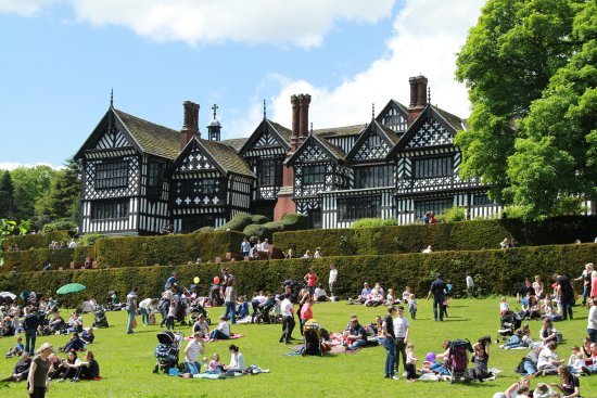 Bramhall, UK: Bramall Hall