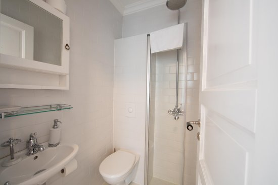 Solvorn, Norway: Mini Single Suite en suite bathroom with Shower
