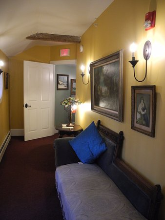 Milton, نيويورك: Hallway in main guest house