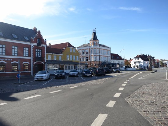 Hotel Ærø: Hotel & surrounding buildings