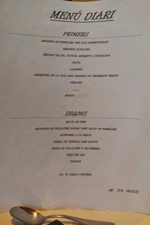Tortella, Spanyol: Menú del 18 de mayo a 11 € café aparte.