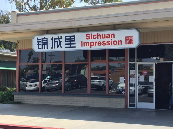 Tustin, Kalifornien: 1a. Sichuan Impression 錦城里