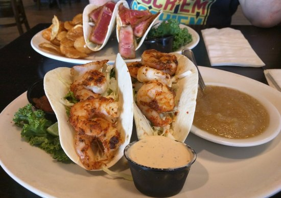 Solomons, MD: Blackened Shrimp Tacos, and Seared Tuna Tacos
