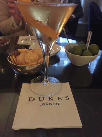 Dukes Bar: The Vesper Martini