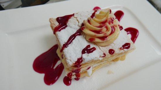 Hotel Ziya : Delicious sweet