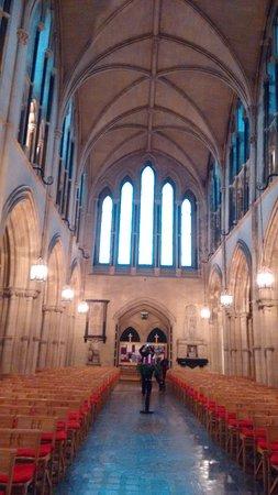Christ Church Cathedral: Grandiosa!