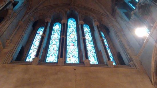 Christ Church Cathedral: A pintura nos vidros.