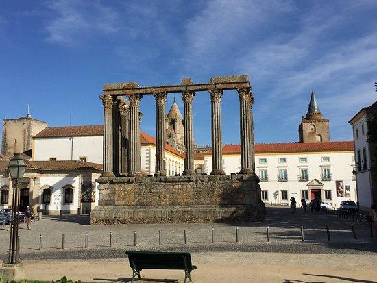 Templo Romano de Évora (Templo de Diana): photo7.jpg