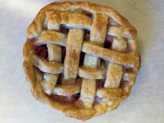 Marysville, KS: Strawberry Rhubarb mini pie
