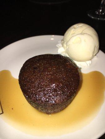 Hamptons Bar & Grill Steakhouse: photo3.jpg