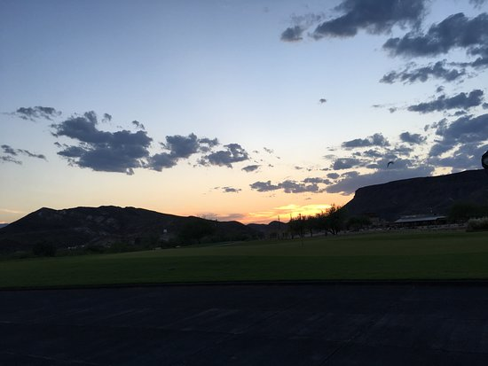 Lajitas, TX: Sunset over the golf course