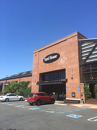 Roseville, CA: Yard House