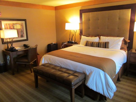 Wyoming Inn Of Jackson Hole King Bed Very Comfortable But Pretty High Off