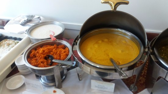 Woburn, MA: Luncheon buffet items