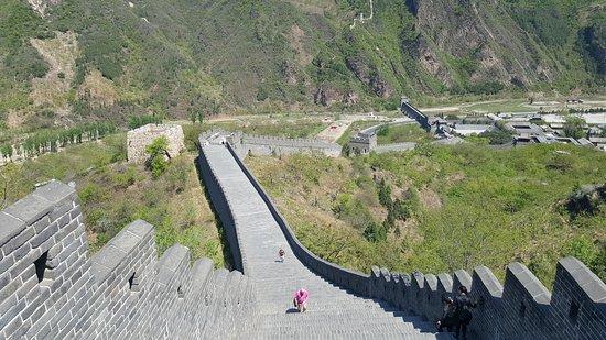 Great Wall at Huangya Pass (Huangyaguan Changcheng): Steep steps!