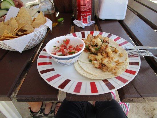 Oxtankah: Shirmp tacos