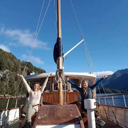 Te Anau, New Zealand: Friends on the Faith