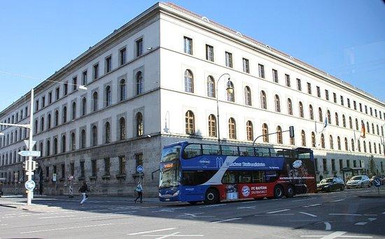 Gray Line München: Unterwegs mit dem Doppeldeckerbus