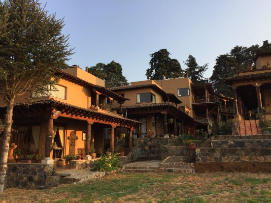 Eco-hotel Ixhi: Hotel has almost an alpine feel