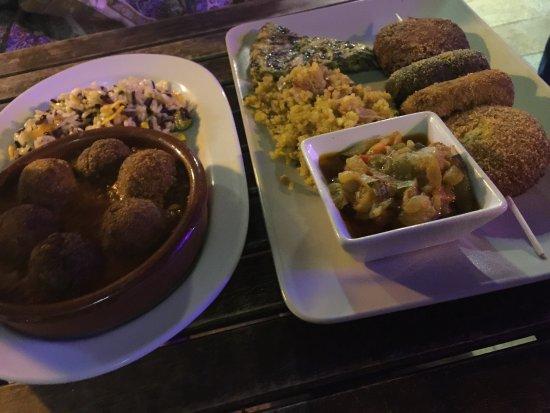El Vegetariano de la Alcazabilla: Atmosphere vegetariano