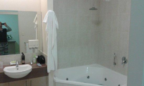Emerald, Australien: Relaxing Spa Bath!