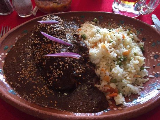 Lupita: Generous portion of chicken mole