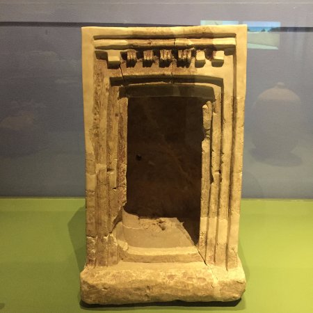 Bible Lands Museum - artefacts