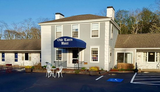 Olde Tavern Motel & Inn : FRESH NEW FACELIFT INSIDE & OUT, AT THE HISTORIC OLDE TAVERN !!!
