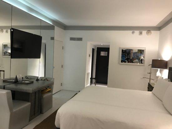 Junior Suite bedroom - Bild von Nautilus by Arlo, Miami ...