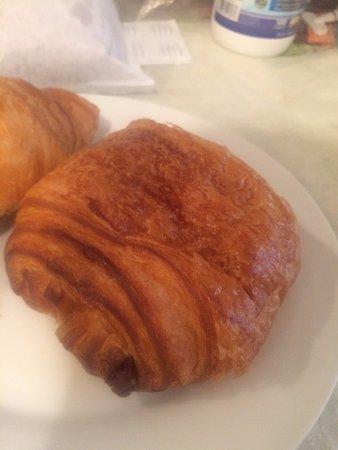 Arsicault Bakery: chocolate croissant