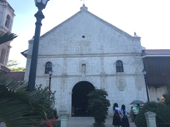 Villa Rosa: Local Church