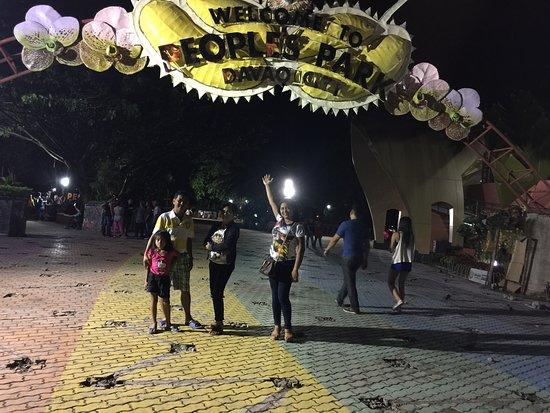 ดาเวา, ฟิลิปปินส์: Here we are Peoples Park Davao