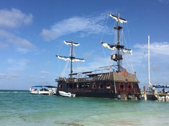 OCEAN ADVENTURES Caribbean Pirates