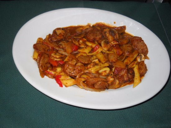 Taber, Canadá: Italian Sausages and pasta