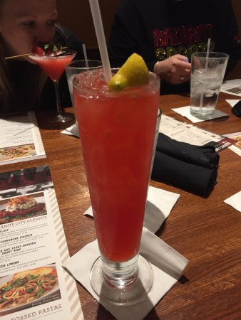 East Peoria, IL: Flying Monkey