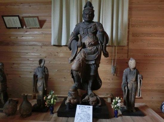 Oshu, Giappone: 藤里毘沙門堂収蔵庫 毘沙門天
