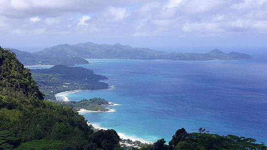 Anse La Mouche, Seychellerna: View from the tea factory