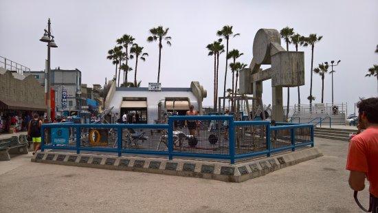 Venice Beach Boardwalk Muscle Gym
