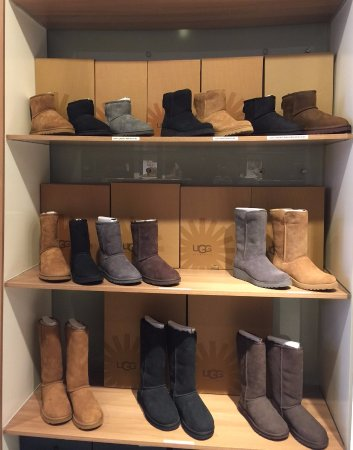 7e0549779c5 EMU Australia Waterproof and Fashion Boots - Picture of Uggs ...