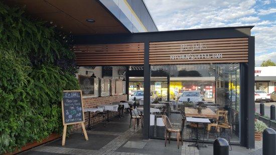 Frewville, Australia: Mr Nicks outside eating area