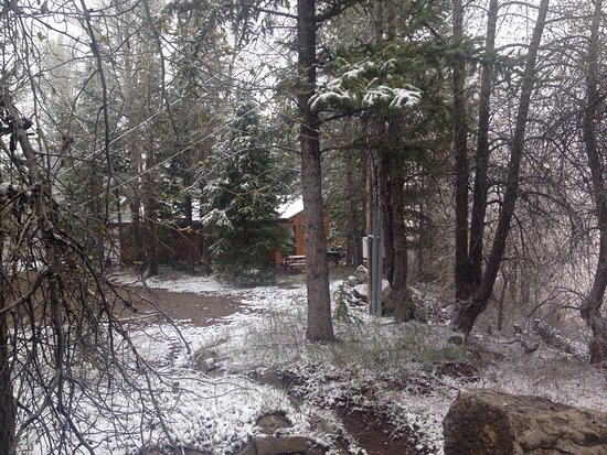 Budges' Slide Lake Cabins: photo0.jpg