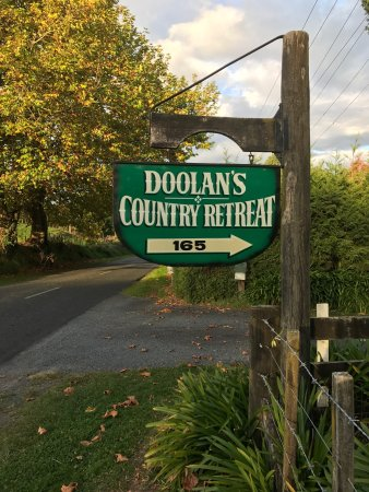 Doolan's Country Retreat: photo1.jpg