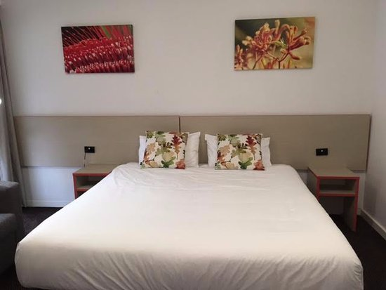 Eastwood, ออสเตรเลีย:   Comfortable King size bed.