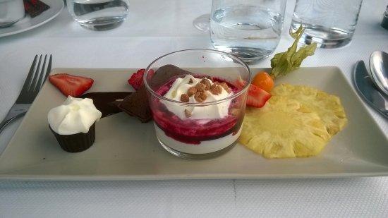 Urville-Nacqueville, France: Café Gourmand
