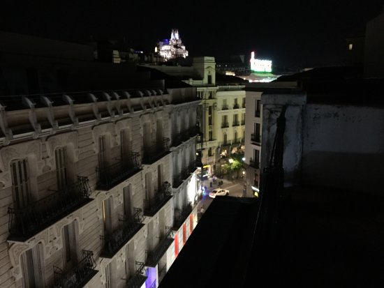 Hostal Madrid: Vistas desde el hotel